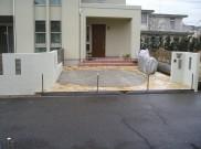 ガラスブロックと自然石乱貼りのオープン外構工事 横浜市Y様邸