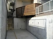 斜めラインが印象的なウッドデッキ 横浜市K様邸