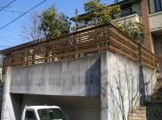 シャープな仕上がりの木製フェンス 横浜市K様邸