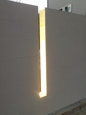LEDライト 縦スリット