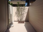 スッキリ!板塀に囲まれたお庭 杉並区